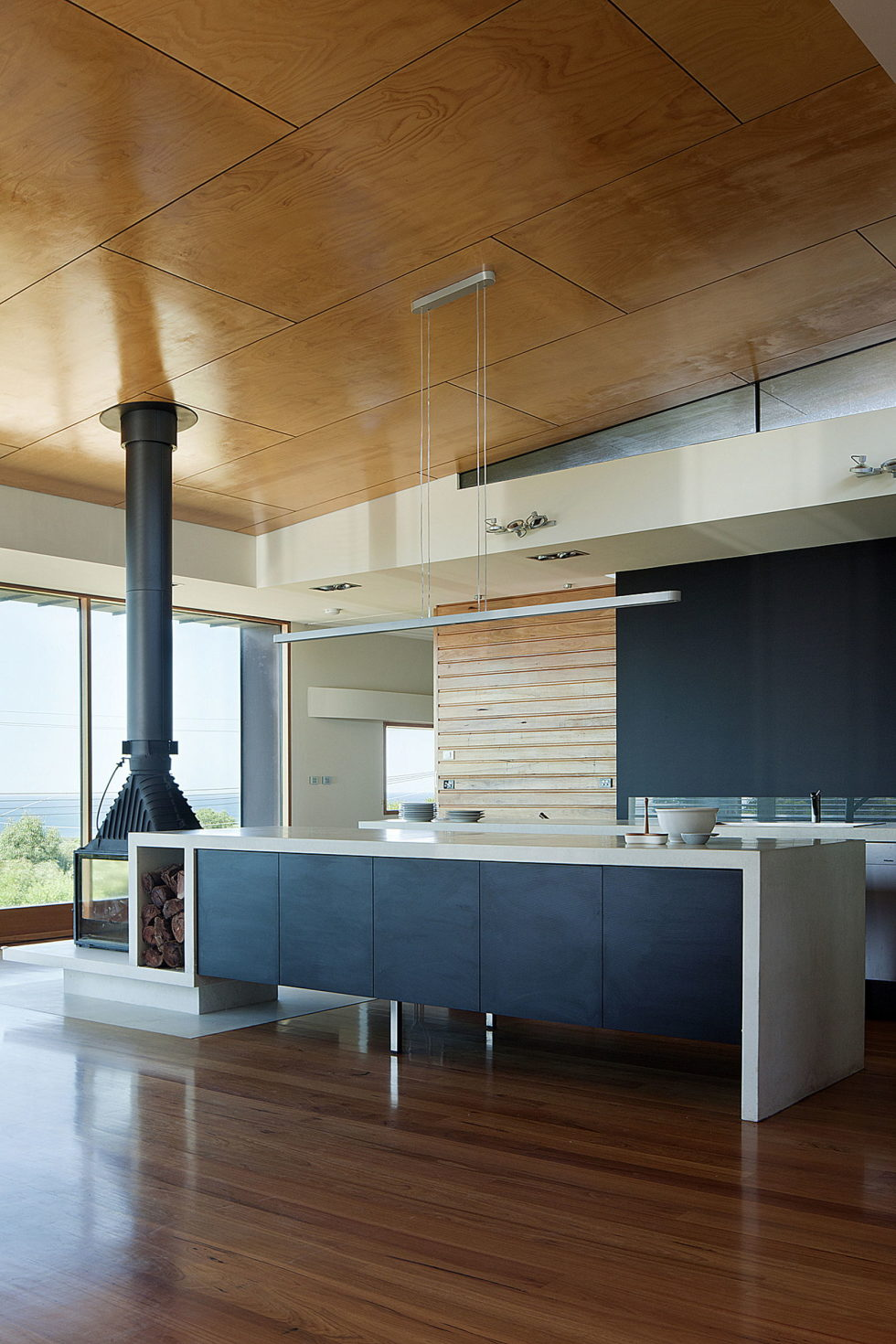 The country house Dame of Melba for resting at the ocean shore from Seeley Architects 11