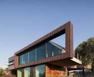 The country house Dame of Melba for resting at the ocean shore from Seeley Architects