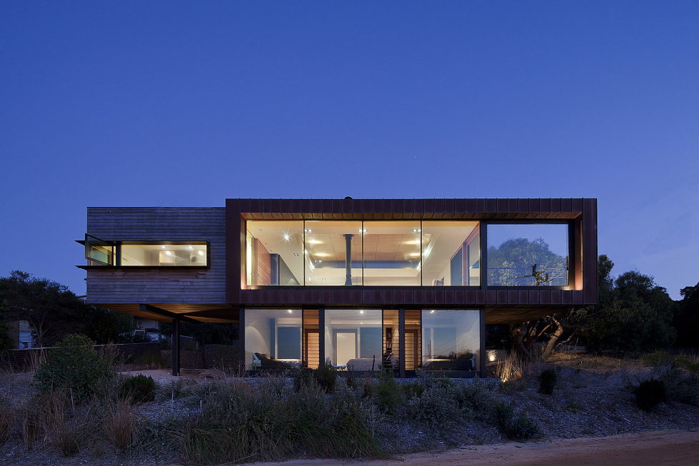 The country house Dame of Melba for resting at the ocean shore from Seeley Architects 6
