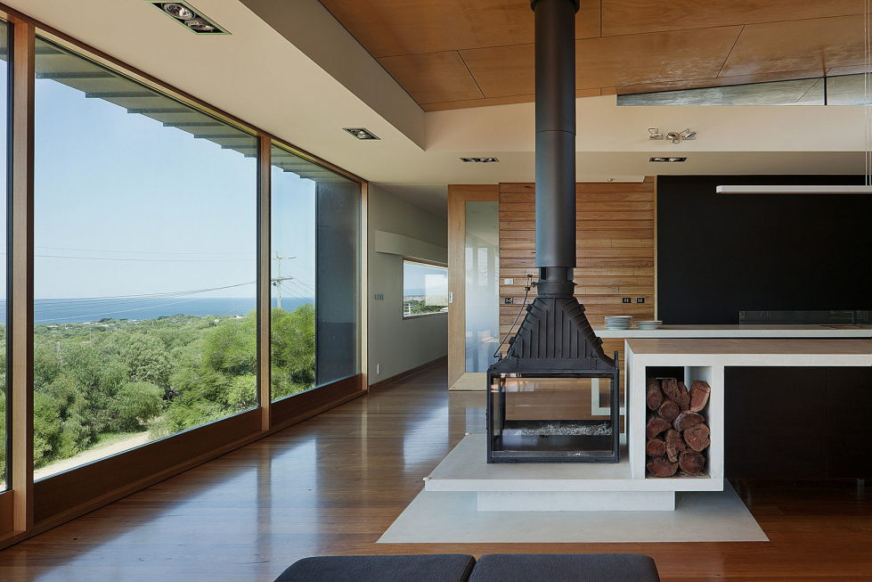 The country house Dame of Melba for resting at the ocean shore from Seeley Architects 9