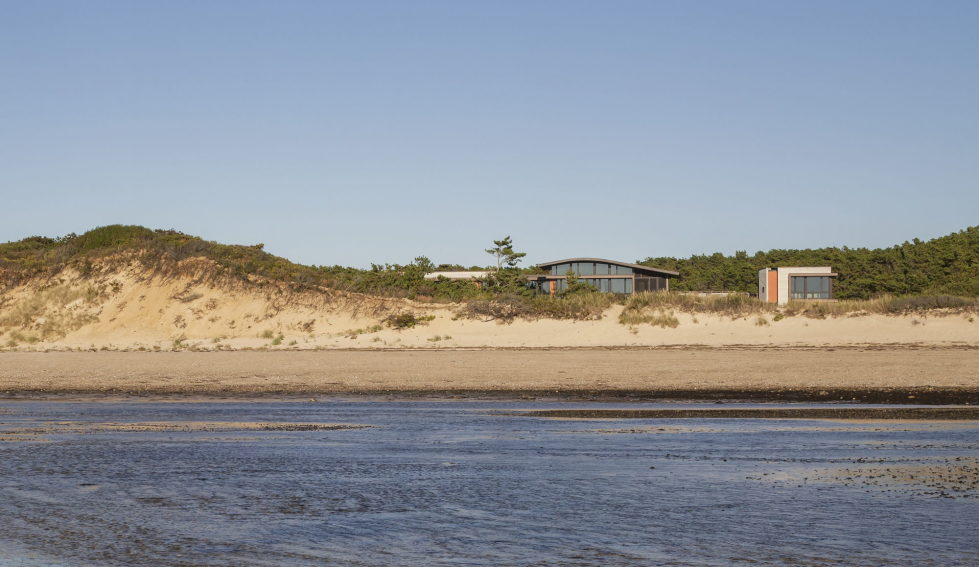 The country house on the sand dunes of Cape Cod, United States 3