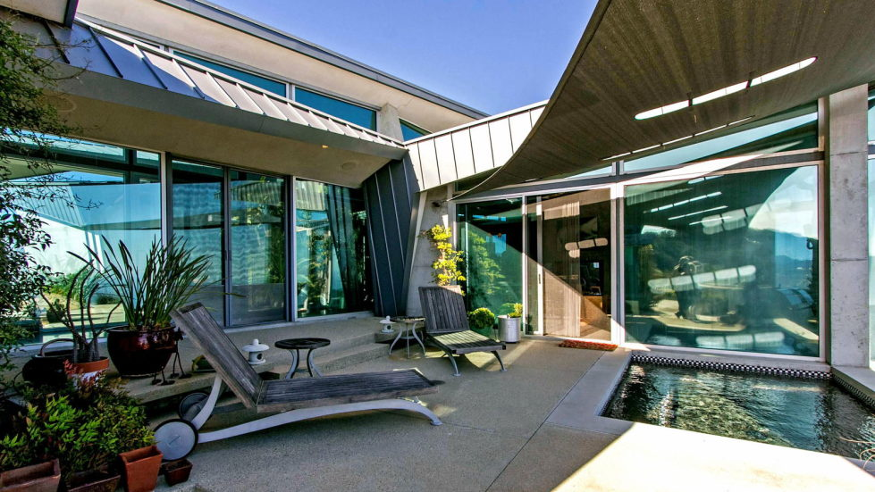 The excellent glass house for $ 14.9 million in Malibu, USA 23