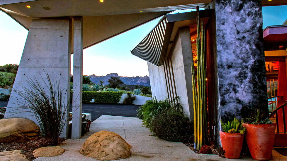 The excellent glass house for $ 14.9 million in Malibu, USA 4