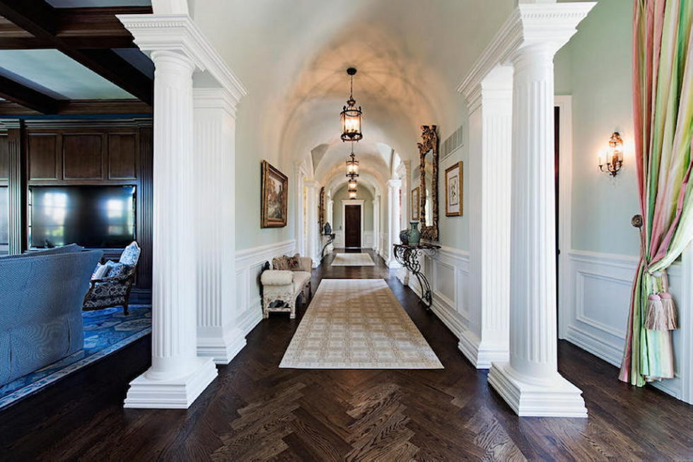 The luxury house for $ 8.3 million in Old Naples, USA 3