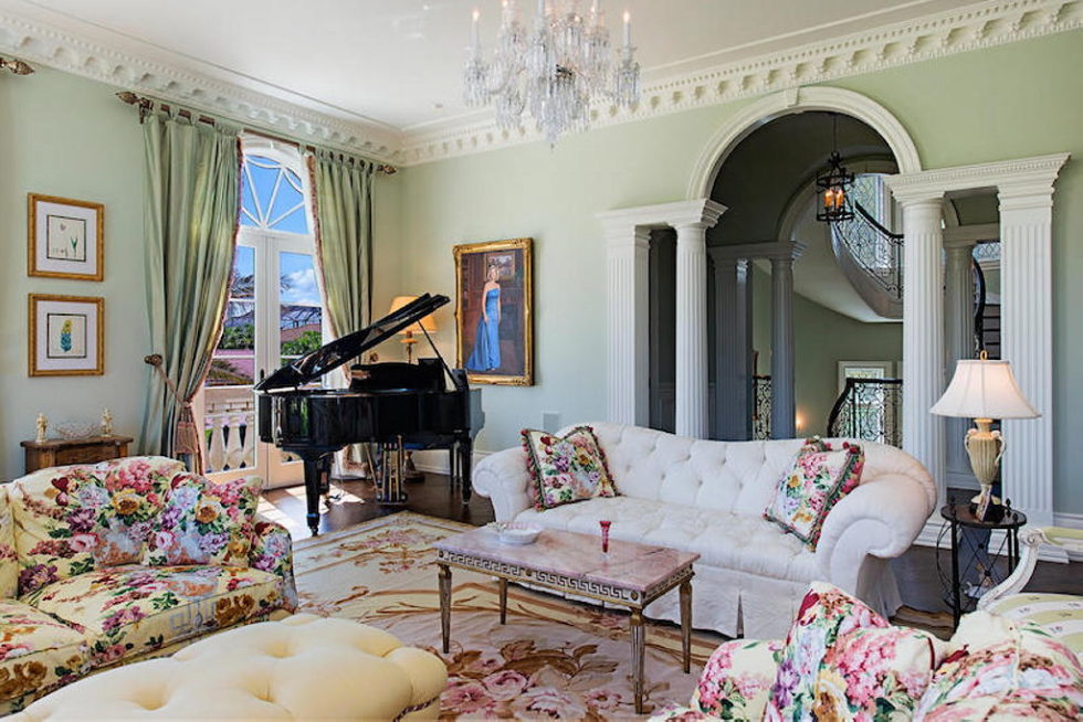 The luxury house for $ 8.3 million in Old Naples, USA 6