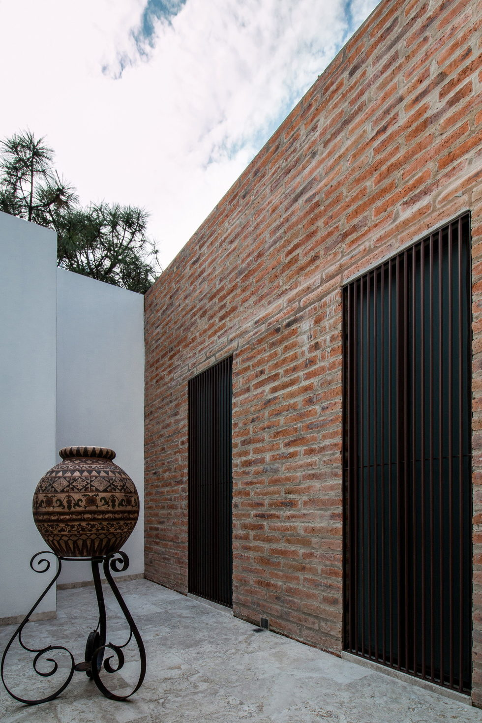 Two-Storeyed House Surounded By The Pictiresque Forest in Mexico From MO+G taller de arquitectura 18