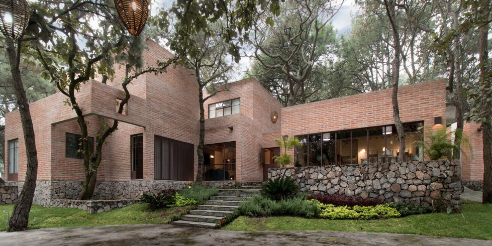 Two-Storeyed House Surounded By The Pictiresque Forest in Mexico From MO+G taller de arquitectura 2