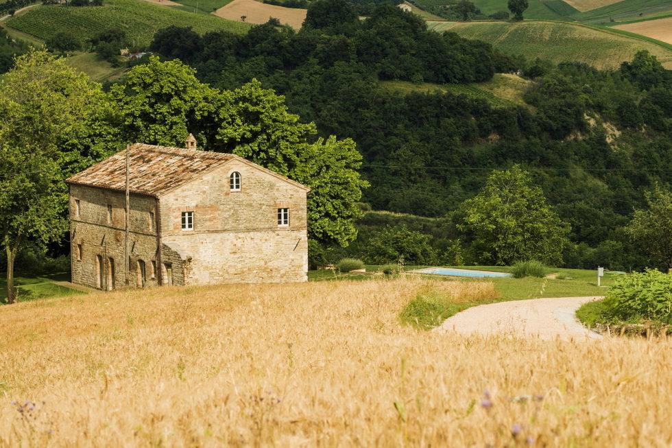 Villa Motelparo in Marche di Fermo from Roy David Studio 17