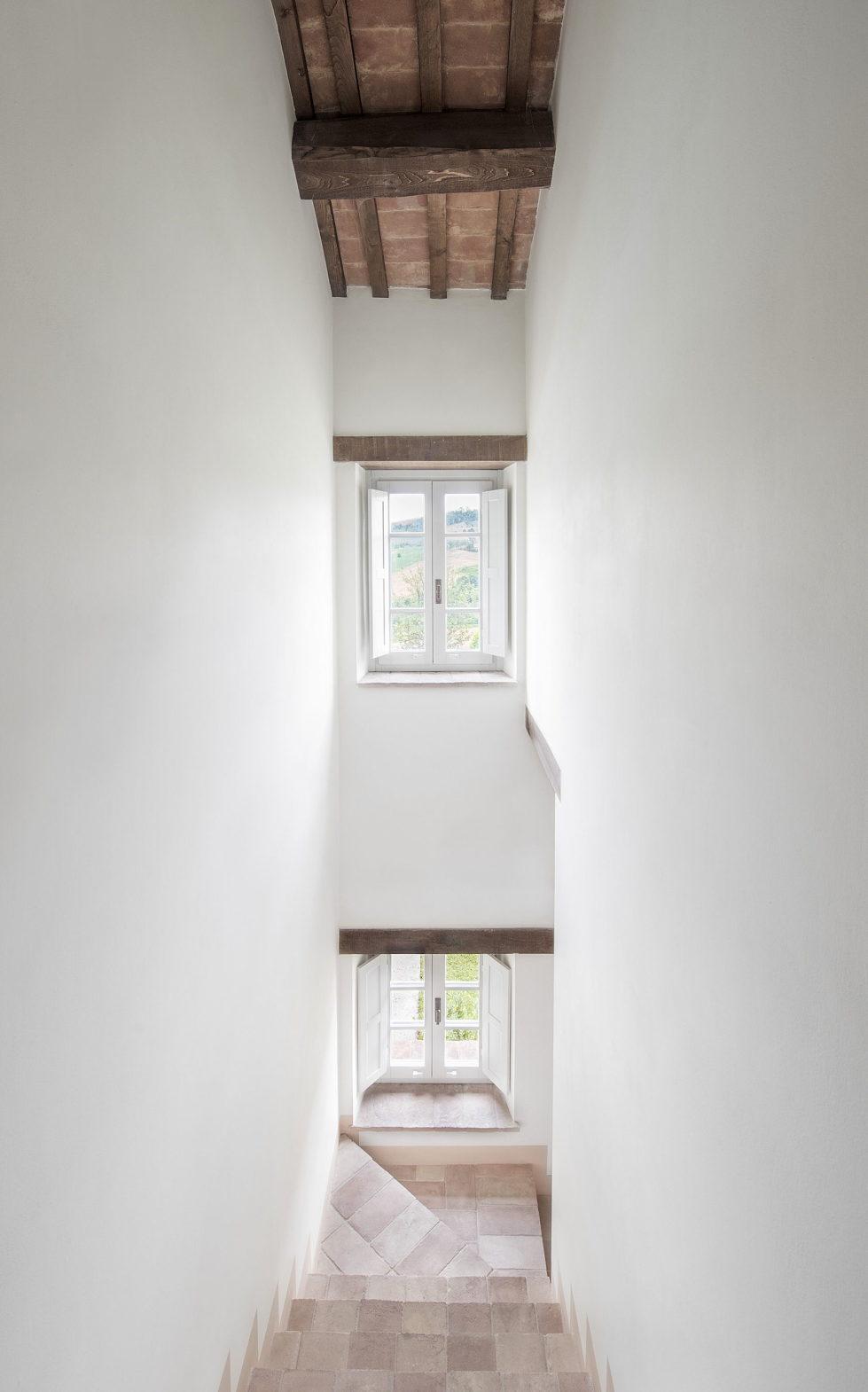 Villa Motelparo in Marche di Fermo from Roy David Studio 8