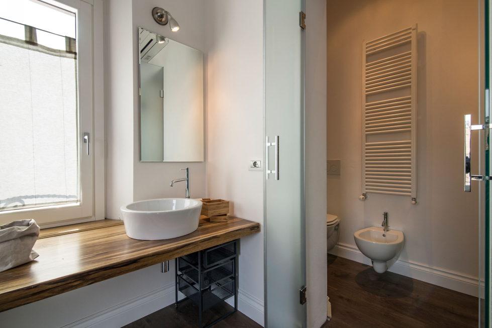 Apartment With Elegant Interior From Carlo Pecorini Studio 16