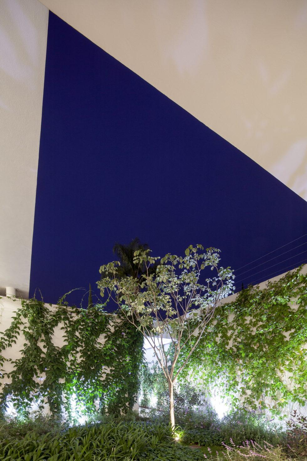 Casa Ocho Jardines Residency In Minimalism Style From Goko MX Studio 18