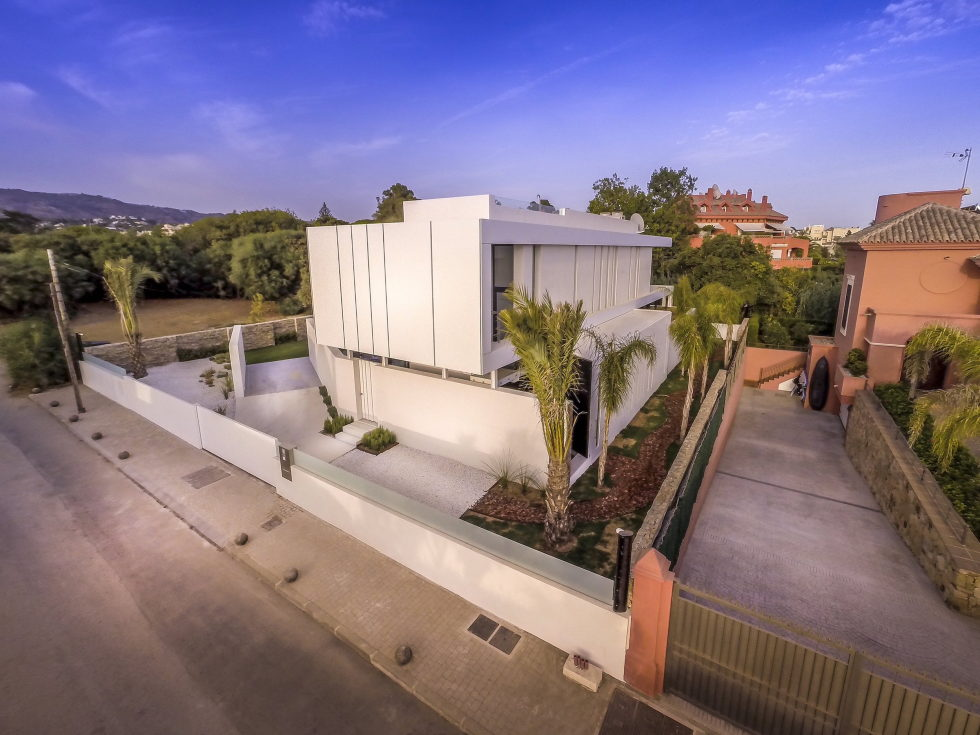 Cool Blue Villa In Spain Upon The Project Of 123DV Architect Company 9
