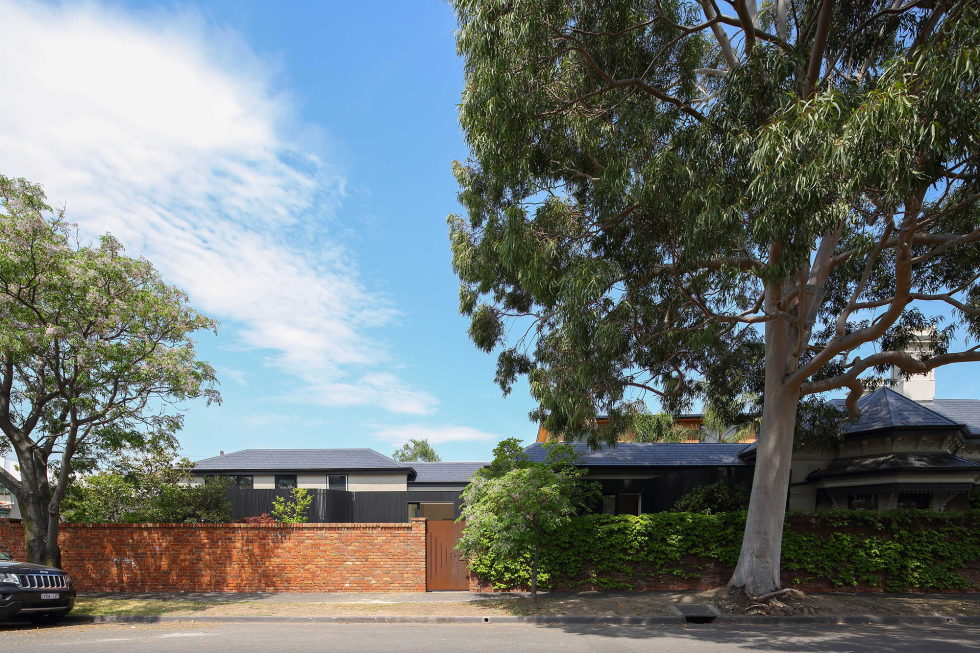 Merton Private Residency In Australia Combination Of Victorian And Modern Architecture 8