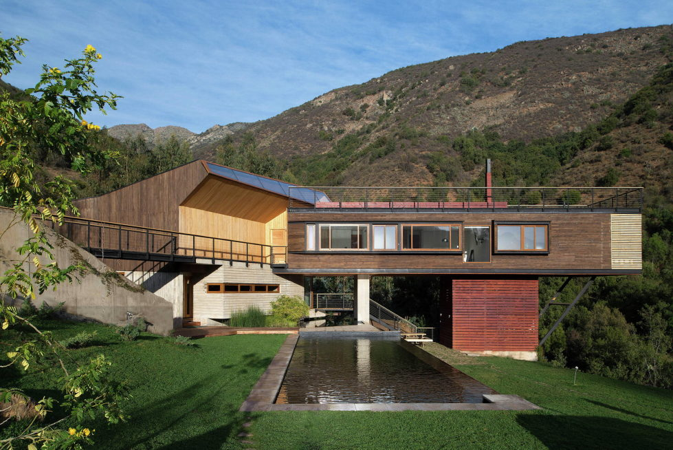 Private Country House Casa El Maqui At The Root Of Mountain In Chile From GITC Arquitectura Studio 3