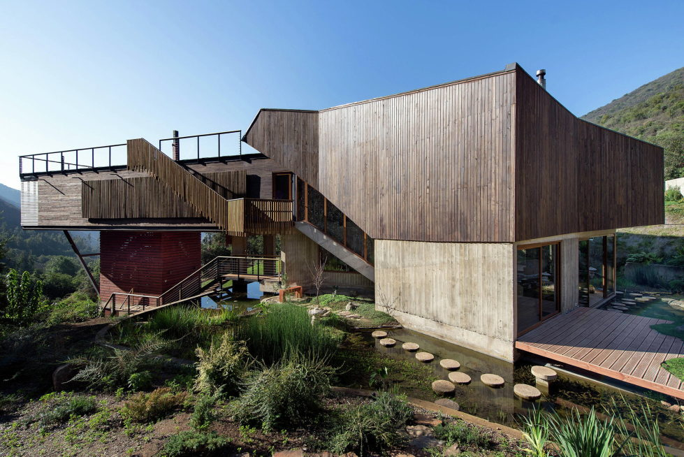 Private Country House Casa El Maqui At The Root Of Mountain In Chile From GITC Arquitectura Studio 4