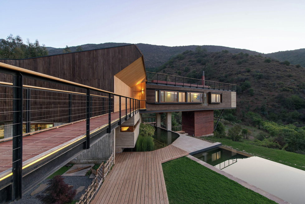 Private Country House Casa El Maqui At The Root Of Mountain In Chile From GITC Arquitectura Studio 5