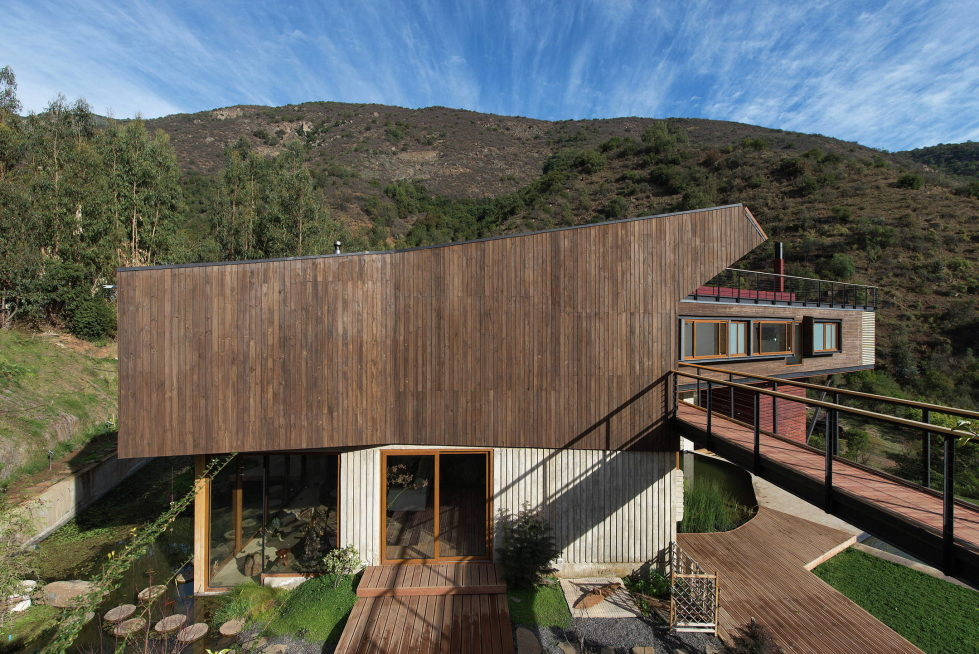 Private Country House Casa El Maqui At The Root Of Mountain In Chile From GITC Arquitectura Studio 6