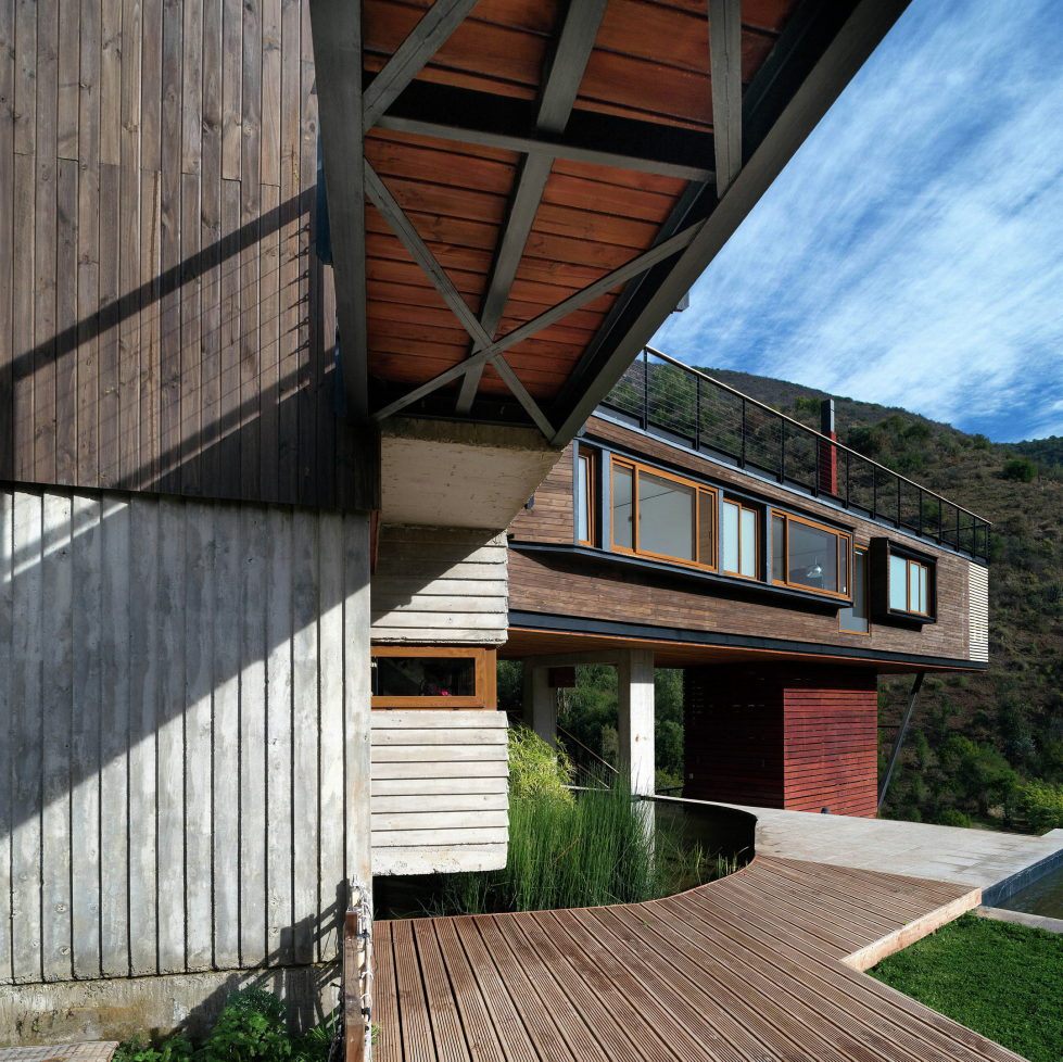 Private Country House Casa El Maqui At The Root Of Mountain In Chile From GITC Arquitectura Studio 9