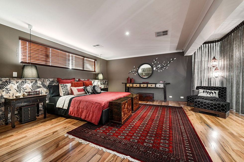 The House In Loft Style With Bright Interior In Pert (Australia) - The Bletchley Loft 24