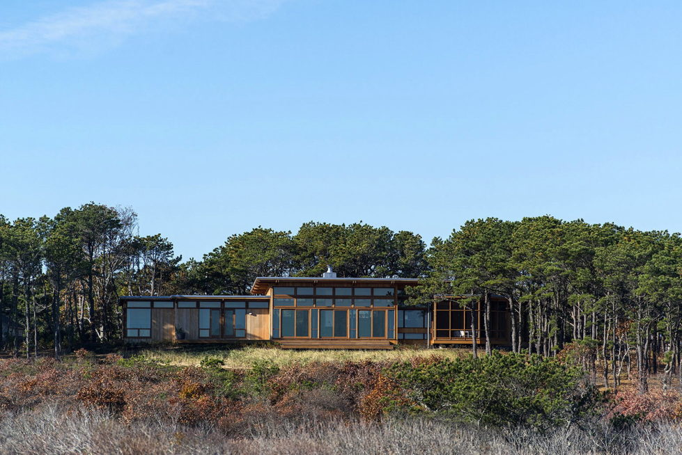 The house on the shore of the Atlantic Ocean by the Hammer Architects 2
