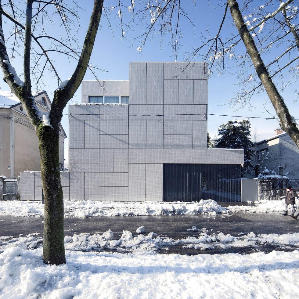 Villa Criss-Cross Envelope In Slovenia From OFIS Arhitekti 1