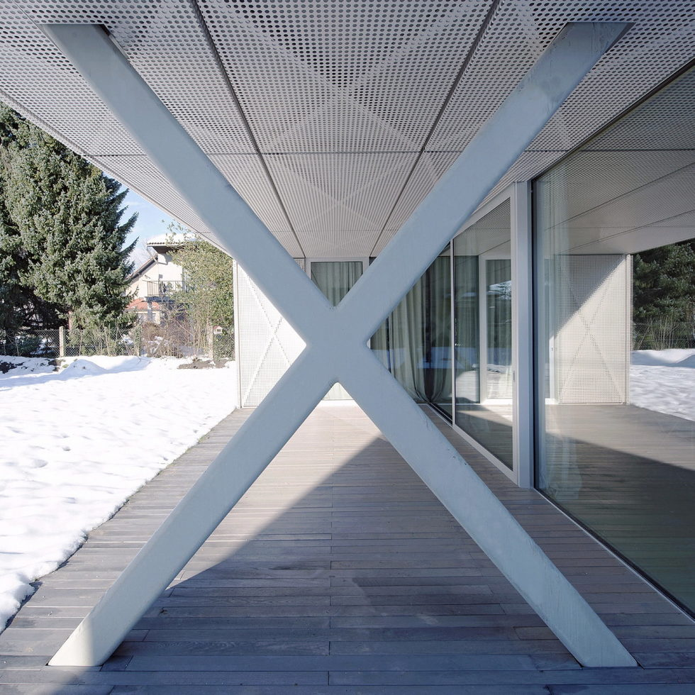 Villa Criss-Cross Envelope In Slovenia From OFIS Arhitekti 3