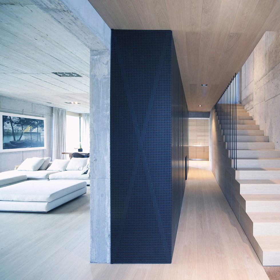 Villa Criss-Cross Envelope In Slovenia From OFIS Arhitekti 7