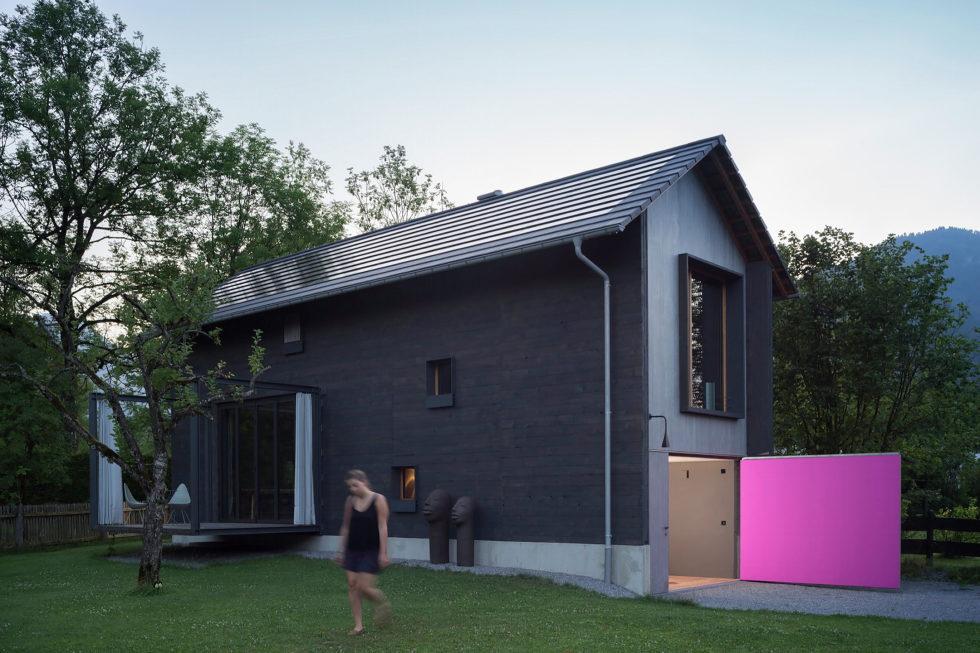 Wooden House At The Upper Bavaria From Arnhard und Eck Architekten Bureau 1