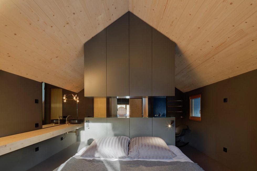 Wooden House At The Upper Bavaria From Arnhard und Eck Architekten Bureau 12