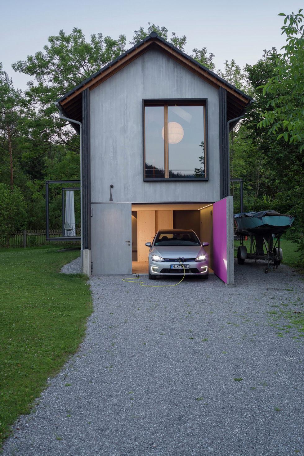Wooden House At The Upper Bavaria From Arnhard und Eck Architekten Bureau 22