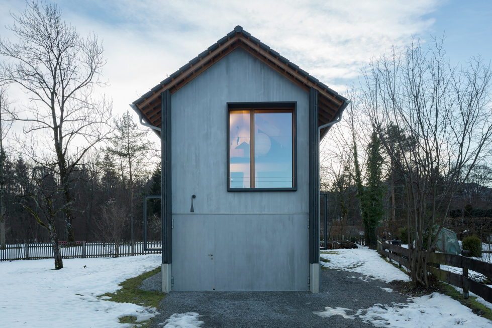 Wooden House At The Upper Bavaria From Arnhard und Eck Architekten Bureau 25