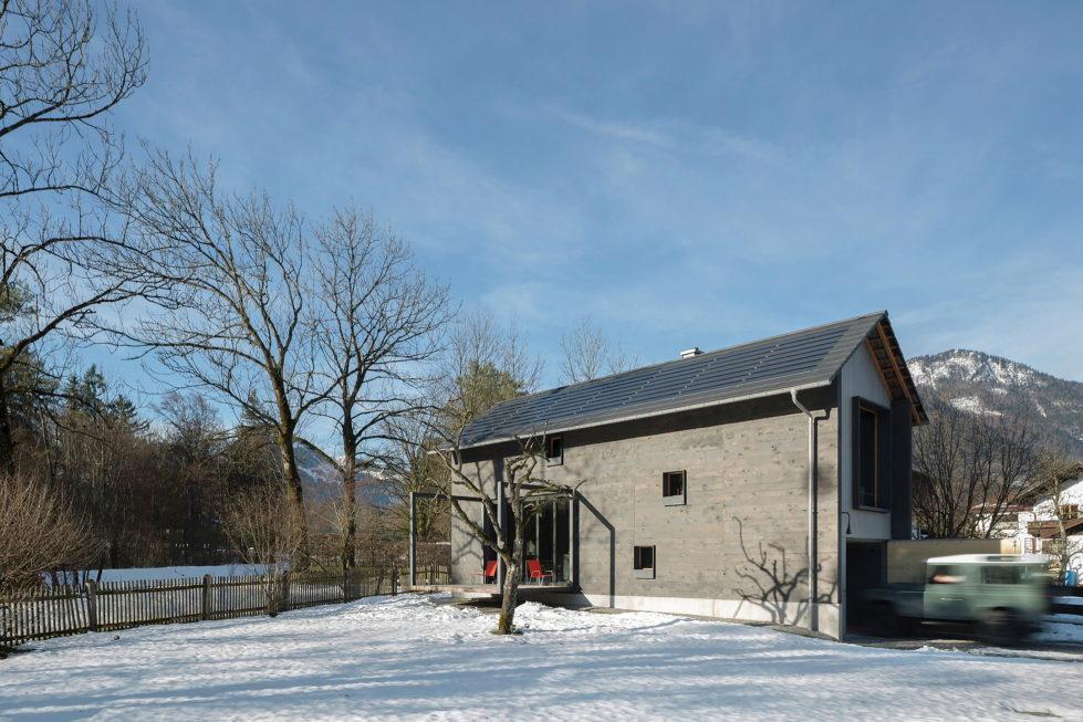 Wooden House At The Upper Bavaria From Arnhard und Eck Architekten Bureau 28