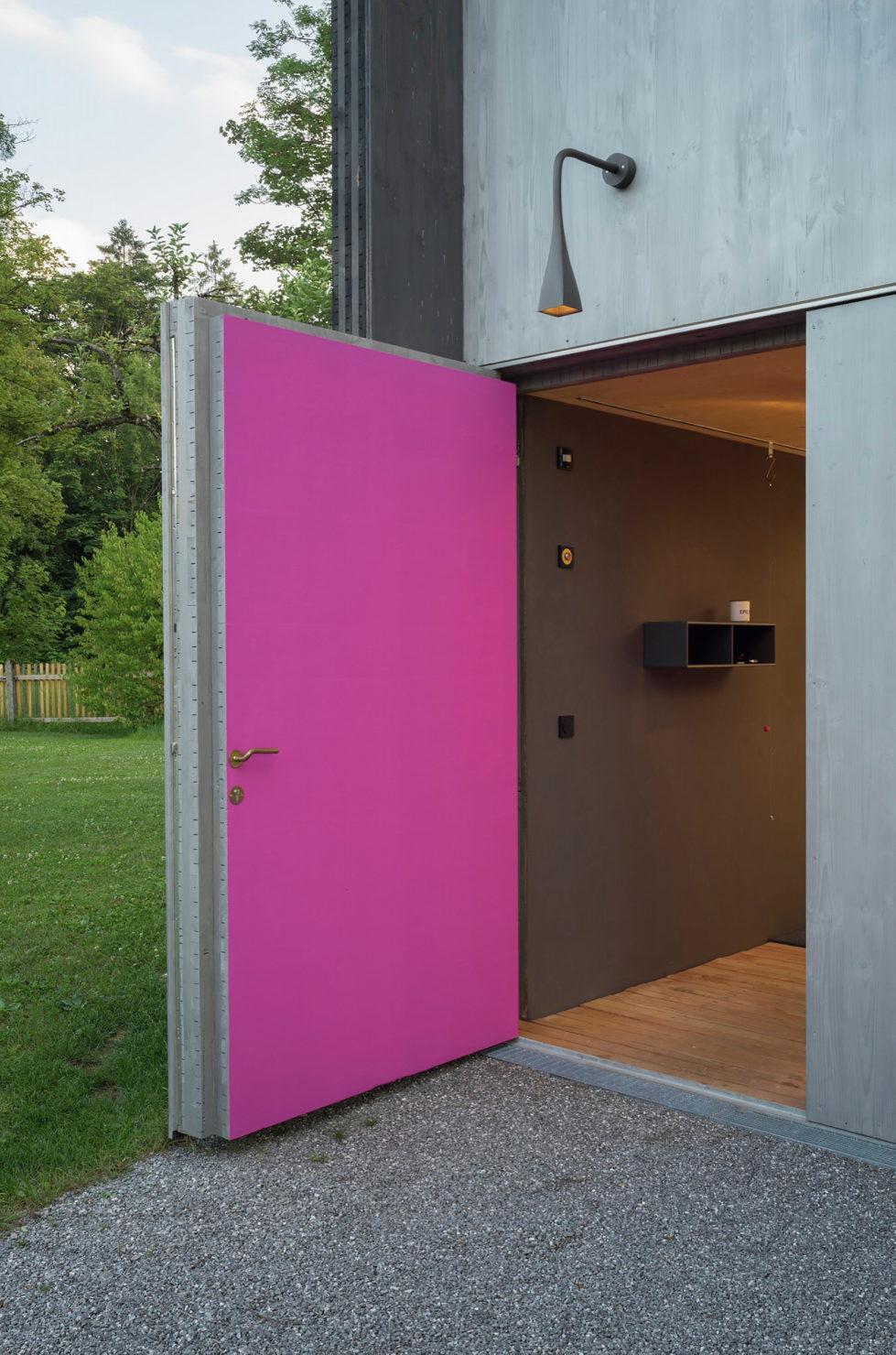 Wooden House At The Upper Bavaria From Arnhard und Eck Architekten Bureau 3