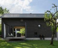 Wooden House At The Upper Bavaria From Arnhard und Eck Architekten Bureau