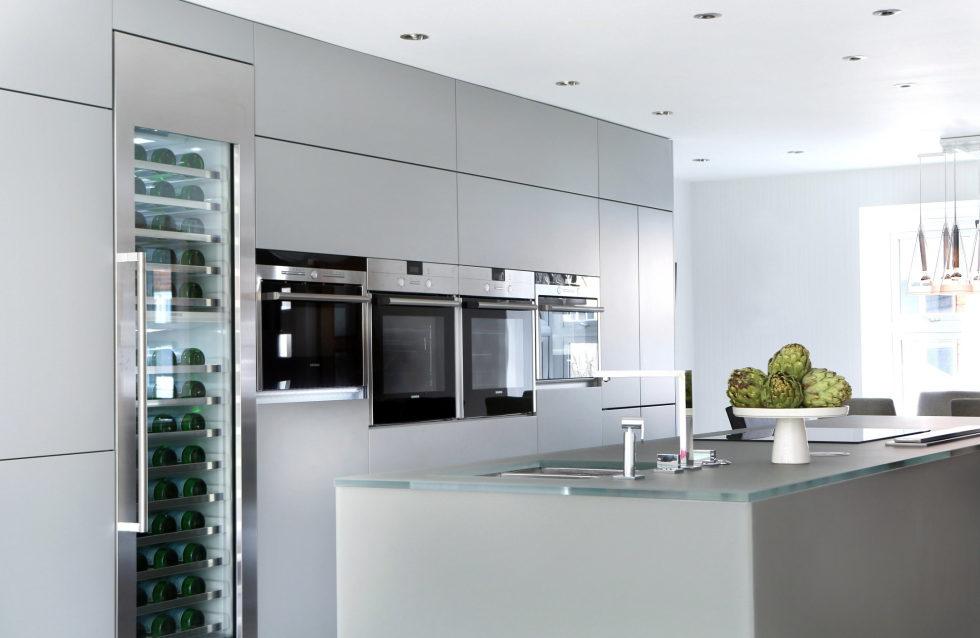 Bright stylish interior by LLI Design studio 7