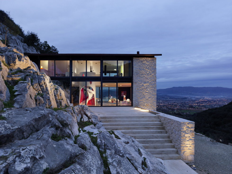 Casa Farfalla Villa In Tuscany Upon The Project Of Michel Boucquillon And Donia Maaoui 1