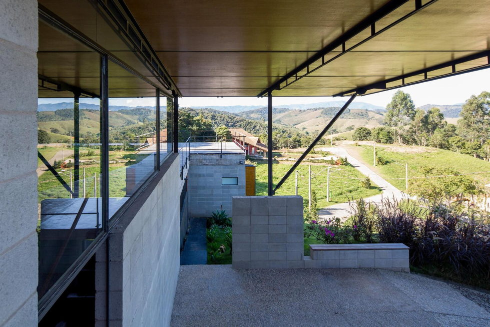 Casa Santo Antonio Manor In The Wood Reserve In Brazil From H+F Arquitetos 7
