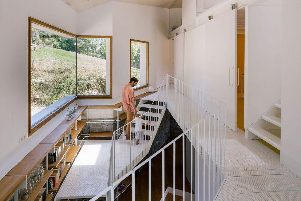 Casa Tmolo A Small Residency In Spain From PYO Arquitectos 12