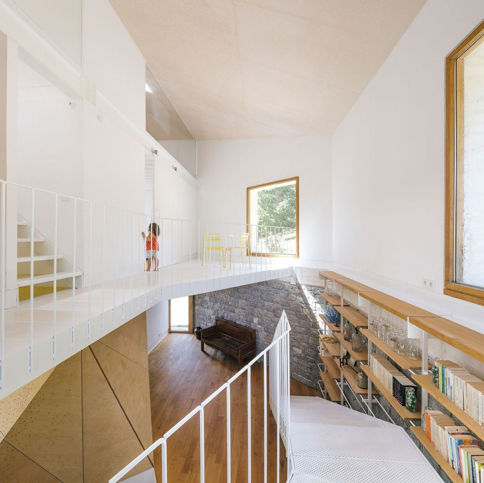 Casa Tmolo A Small Residency In Spain From PYO Arquitectos 13