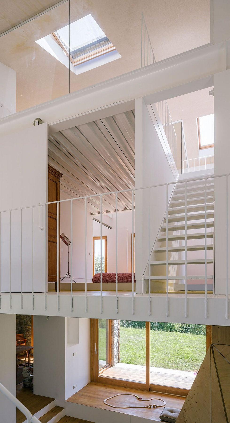 Casa Tmolo A Small Residency In Spain From PYO Arquitectos 14