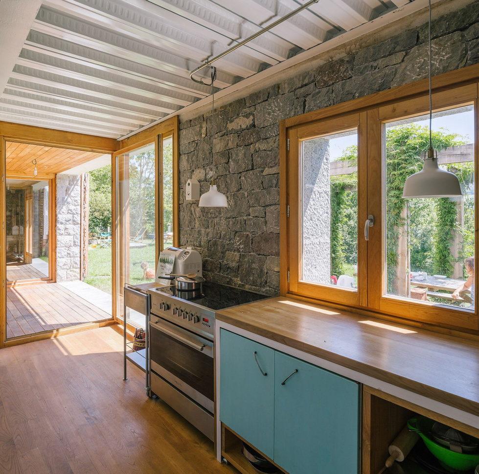 Casa Tmolo A Small Residency In Spain From PYO Arquitectos 18