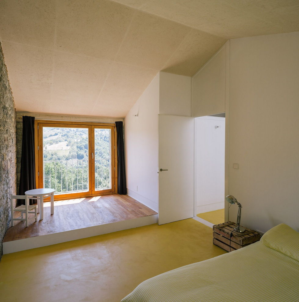 Casa Tmolo A Small Residency In Spain From PYO Arquitectos 20