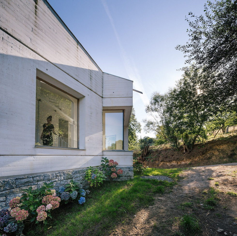 Casa Tmolo A Small Residency In Spain From PYO Arquitectos 3