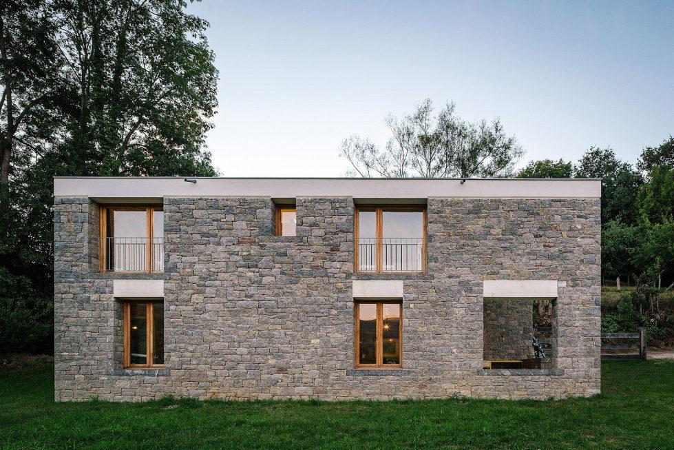 Casa Tmolo A Small Residency In Spain From PYO Arquitectos 4