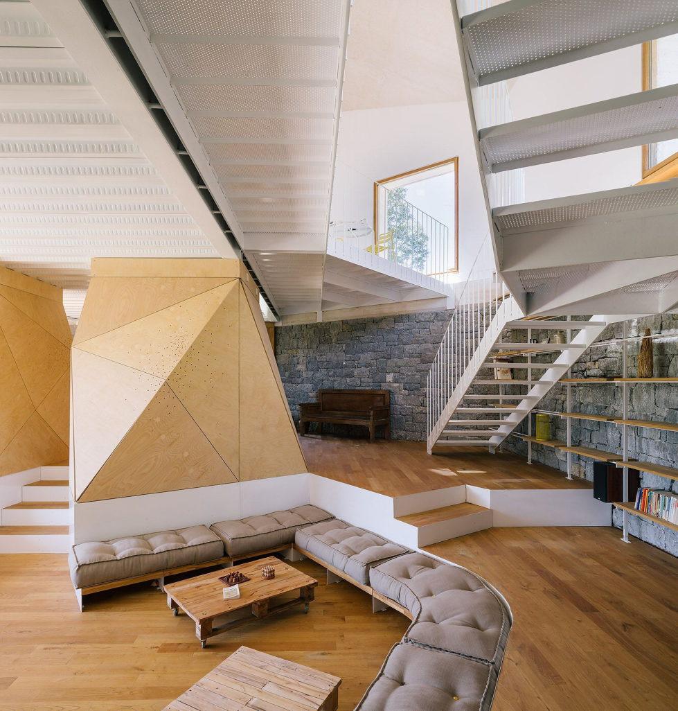 Casa Tmolo A Small Residency In Spain From PYO Arquitectos 9