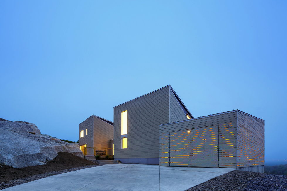 Float House In Halifax Upon The Project Of  Omar Gandhi Architect 16