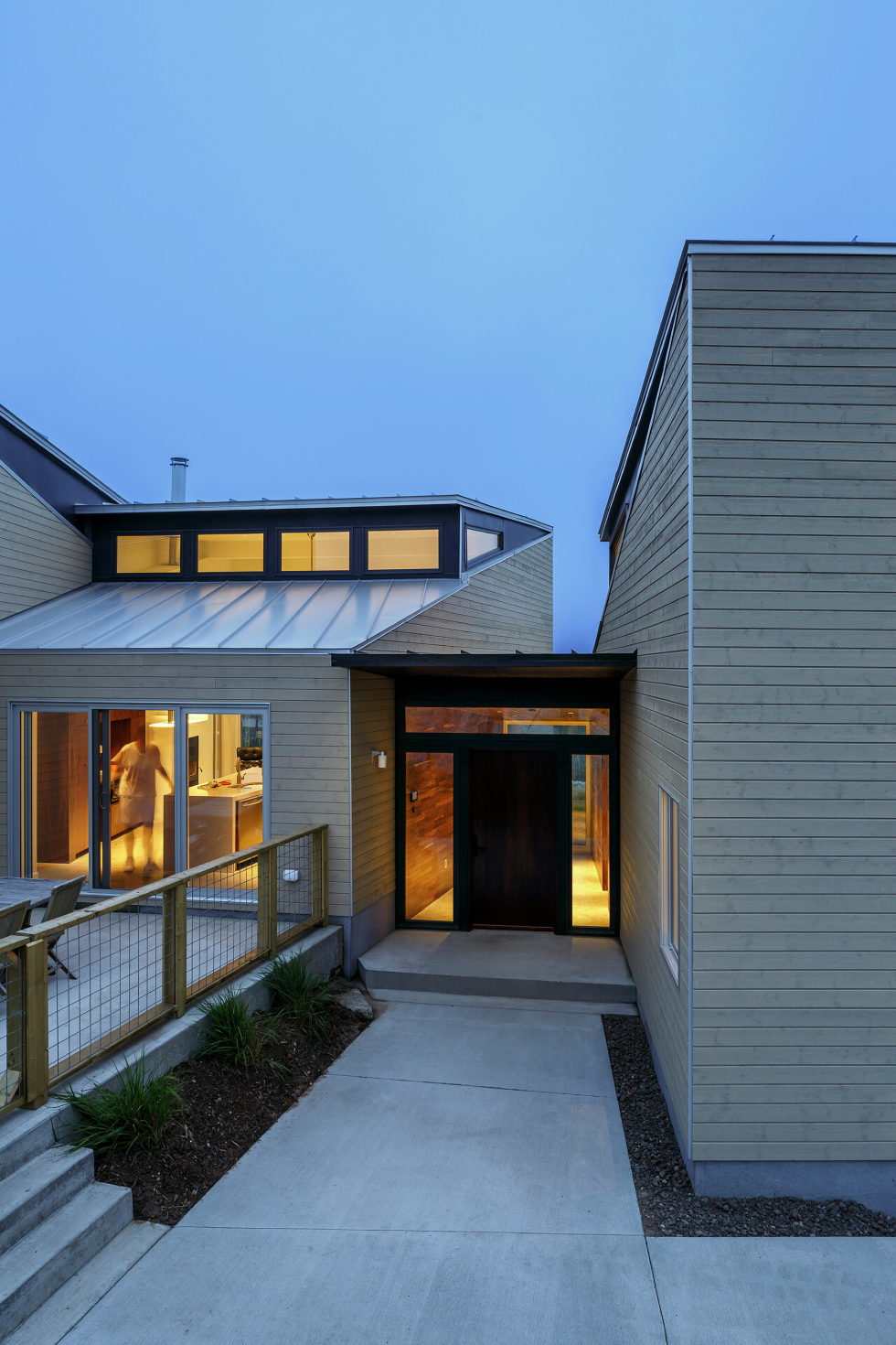 Float House In Halifax Upon The Project Of  Omar Gandhi Architect 17