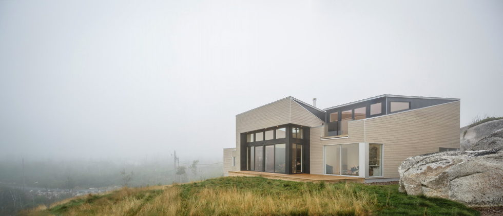 Float House In Halifax Upon The Project Of  Omar Gandhi Architect 4