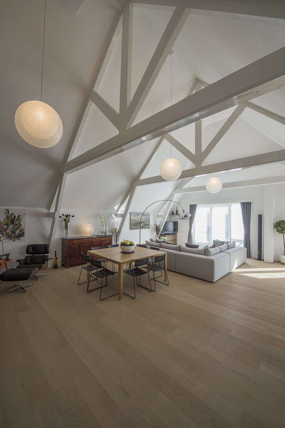 Luxury apartment Casa F in a building of former museum in Rotterdam by PENA Architecture bureau 6