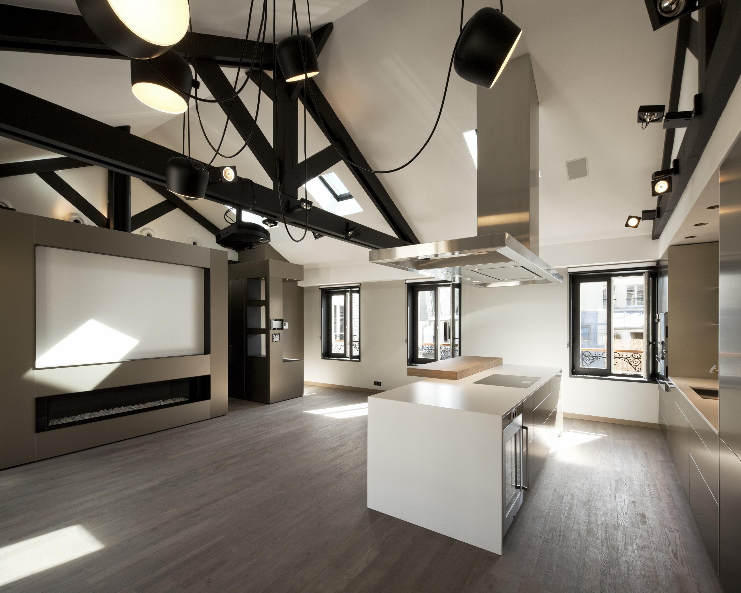 Modern attic apartment in the scandinavian style for Attic design studio